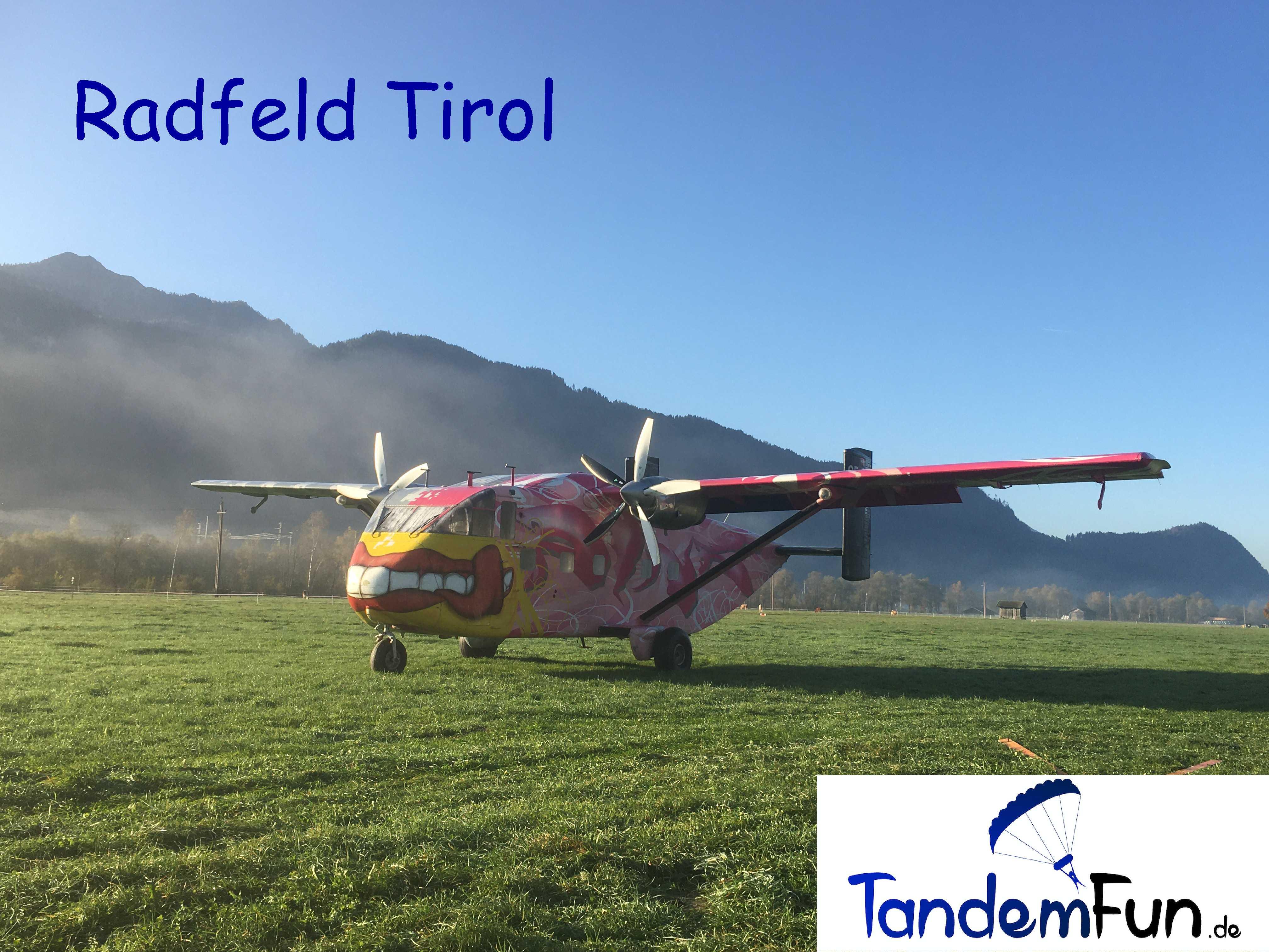 Fallschirmspringen-Radfeld-Tirol