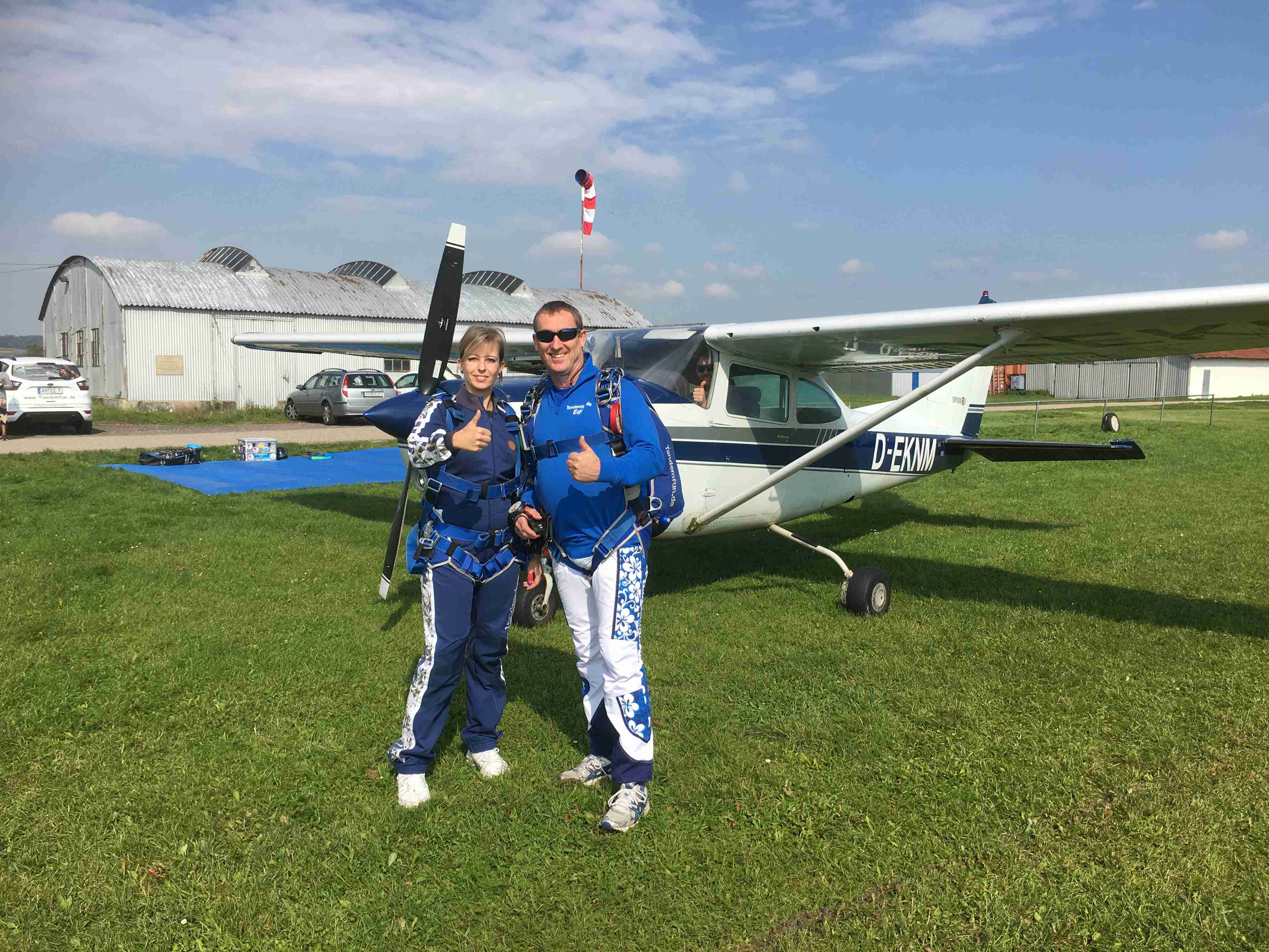 Fallschirmsprung-Dingolfing-Niederbayern5a141f4028fb9